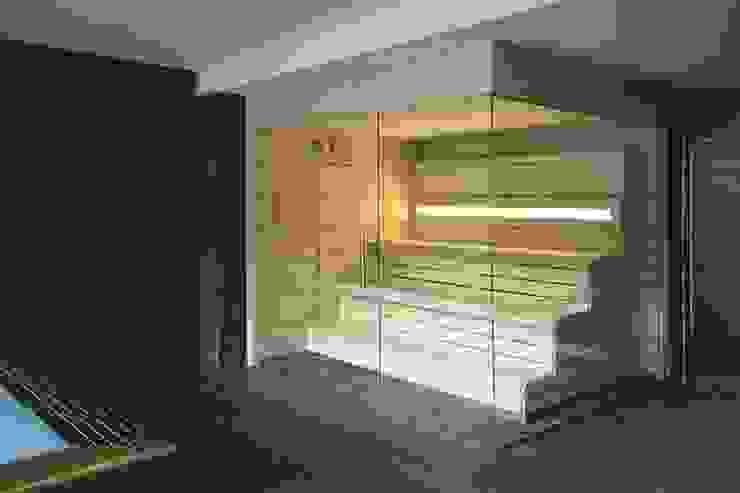 Sauna Finlandesa Paris | Finnish Sauna by Inbeca de INBECA Wellness Equipment Moderno