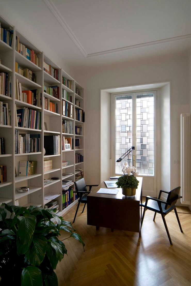 Modern Study Room and Home Office by cristianavannini | arc Modern
