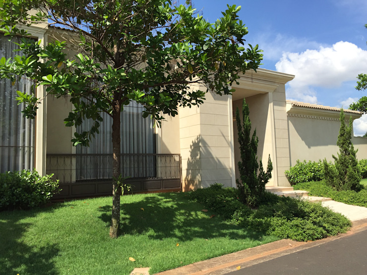 Residencia Pardo – Condominio Harmonia Casas mediterrâneas por FERNANDO ROMA . estudioROMA Mediterrâneo