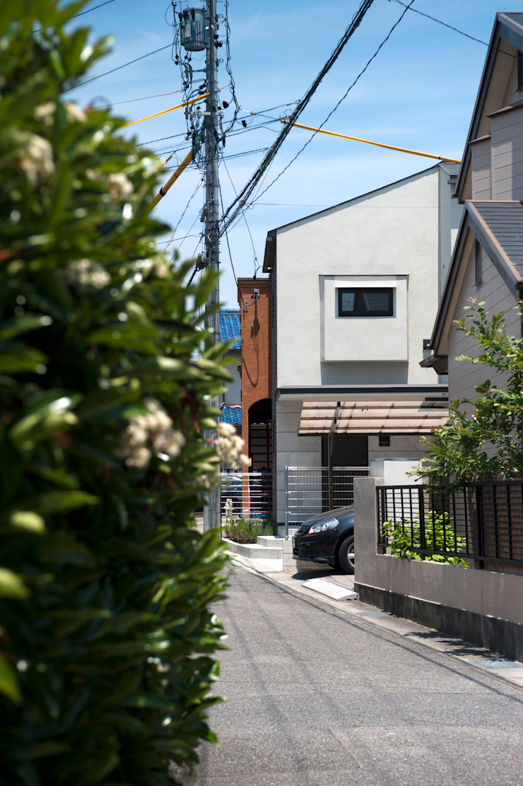 Motoyagoto house オリジナルな 家 の Sakurayama-Architect-Design オリジナル