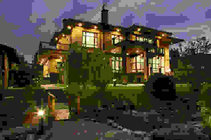 Фото фасада дома: Дома в . Автор – Studio 25
