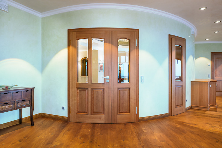Classic style windows & doors by ARNOLD-Möbelmanufaktur GmbH & Co. KG - Finest Interiors Classic Solid Wood Multicolored