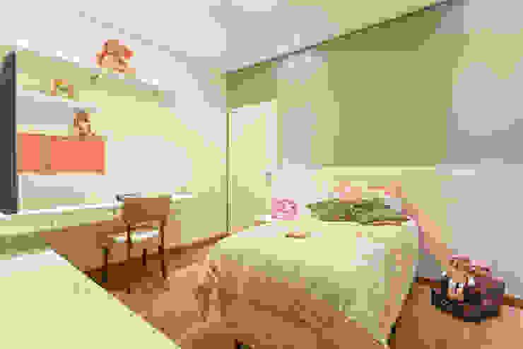 Moderne Schlafzimmer von Laura Santos Design Modern