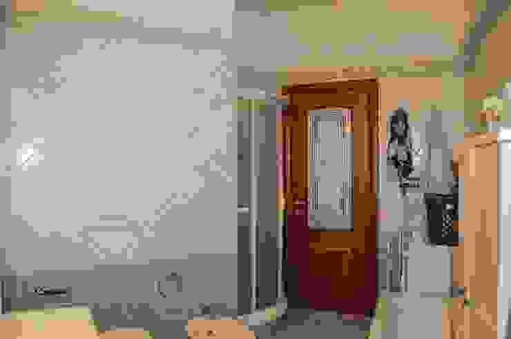 Baños modernos de ATELEON Moderno