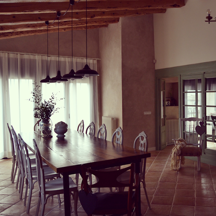 Country style dining room by raddi ARQUITECTES Country Wood Wood effect