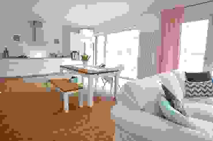 Home Staging in einer Mietwohnung Karin Armbrust - Home Staging Esszimmer im Landhausstil