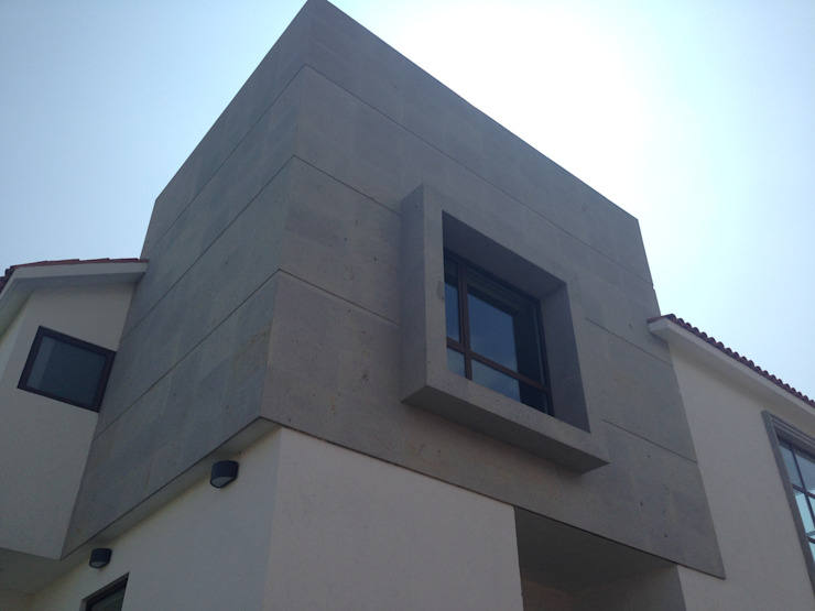 CASA SG Casas modernas de iarkitektura Moderno Piedra