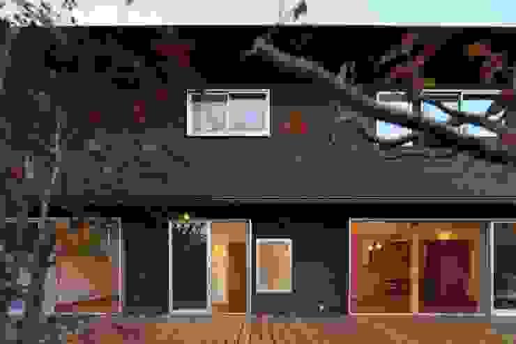 デッキ: 早田雄次郎建築設計事務所/Yujiro Hayata Architect & Associatesが手掛けた家です。,オリジナル