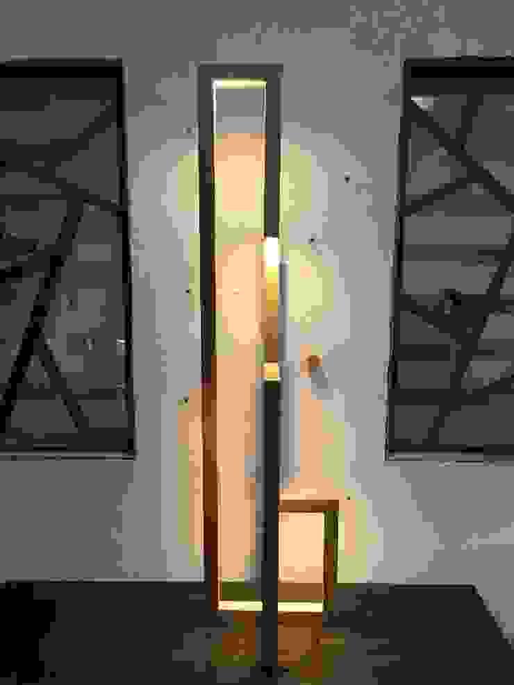 형(形): 홍스목공방의 현대 ,모던 우드 우드 그레인