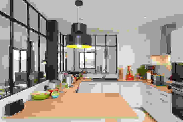 Dapur Modern Oleh 19 DEGRES Modern