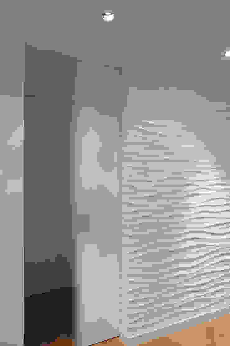 Alizée Dassonville | architecture Modern corridor, hallway & stairs White