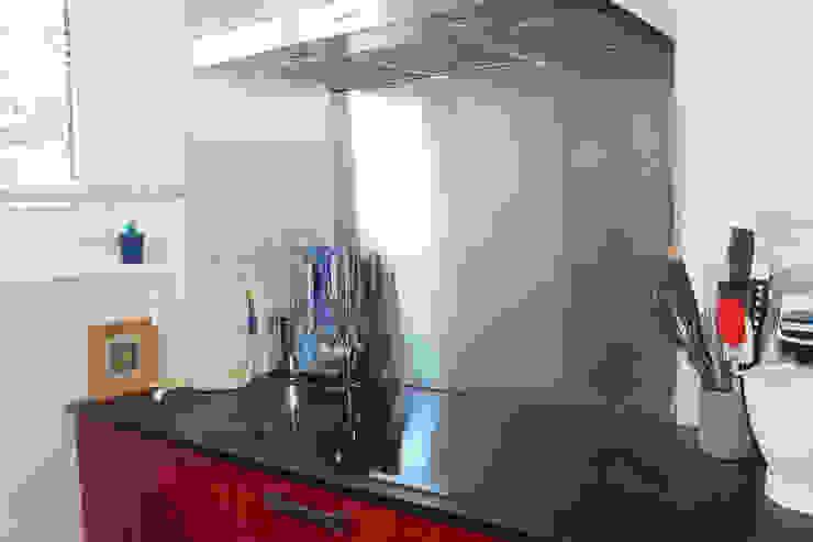 現代廚房設計點子、靈感&圖片 根據 Agence ADI-HOME 現代風
