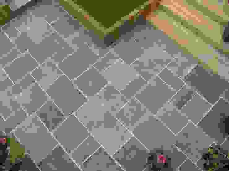 GALAXY SANDSTONE PAVING BARTON FIELDS PATIO & LANDSCAPE CENTRE Modern garden Sandstone Black