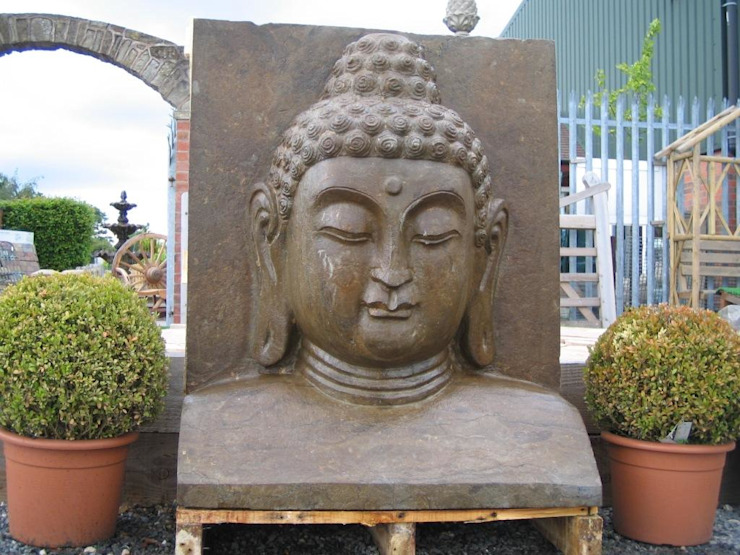 CARVED BUDDHA FEATURE Classic style garden by BARTON FIELDS LANDSCAPING SUPPLIES Classic