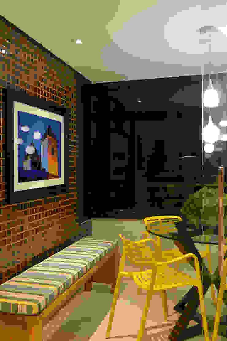 Apartamento TJ Varandas, alpendres e terraços ecléticos por Bastos & Duarte Eclético