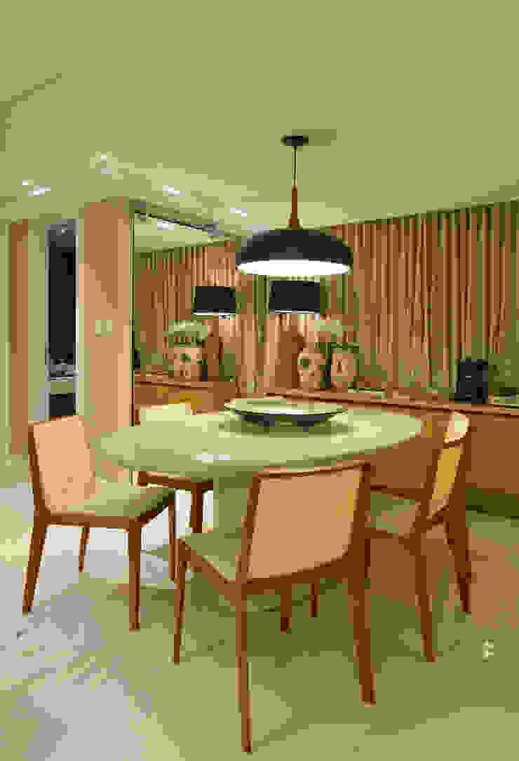Apartamento TJ Salas de jantar ecléticas por Bastos & Duarte Eclético