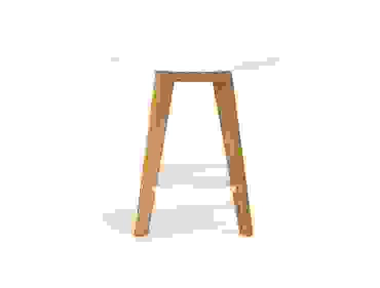 Okrągły stolik kawowy Kensal od onemarket.pl Skandynawski Drewno O efekcie drewna