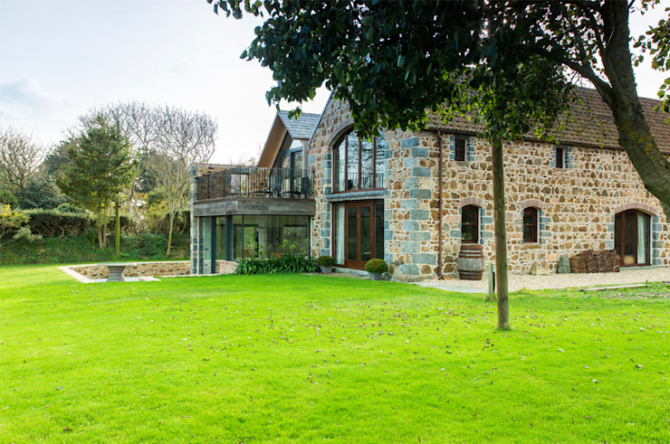 La Cherterie Modern home by CCD Architects Modern
