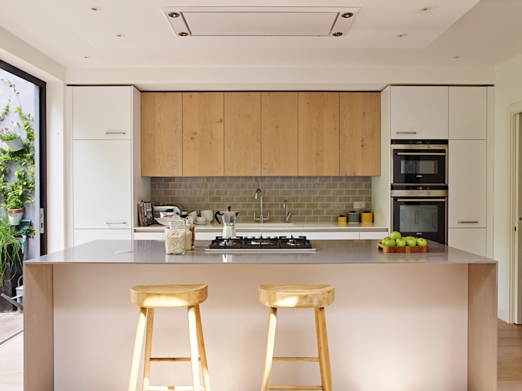Breakfast Seating Space Modern kitchen by Holloways of Ludlow Bespoke Kitchens & Cabinetry Modern Wood Wood effect