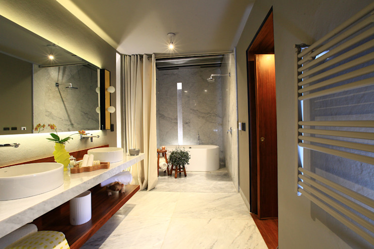 Baños de estilo moderno de Germán Velasco Arquitectos Moderno