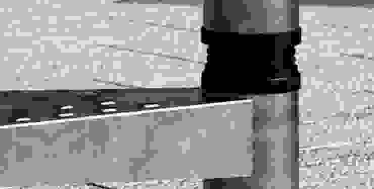 Ajustables en altura :  de estilo industrial por RINTAL, Industrial Metal