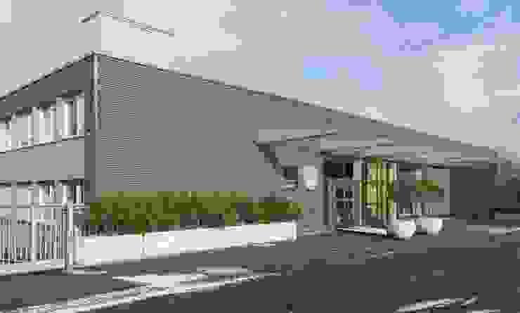 Ausstellungsräume in Bietigheim-Bissingen Ausgefallene Geschäftsräume & Stores von PFERSICH Büroeinrichtungen GmbH Ausgefallen