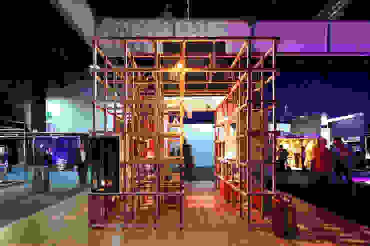 Modern Walls and Floors by Germán Velasco Arquitectos Modern