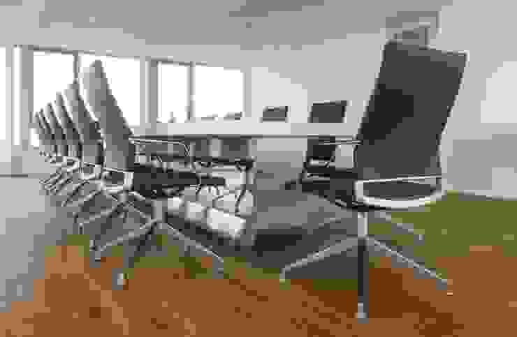 Wohninvest_014 Moderne Bürogebäude von PFERSICH Büroeinrichtungen GmbH Modern