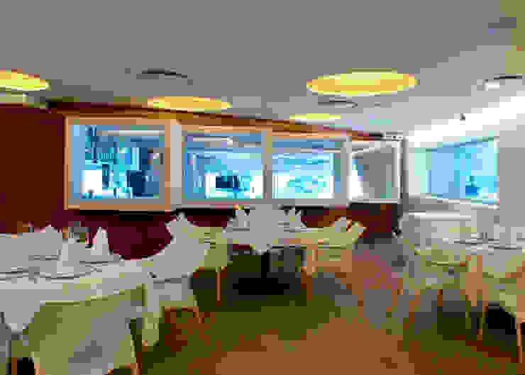 Restaurante El puntal Comedores modernos de DIN Interiorismo Moderno