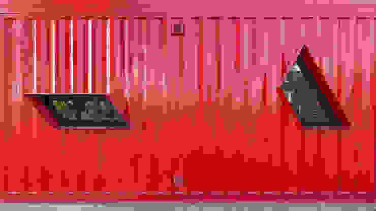Casa Container Casas modernas: Ideas, imágenes y decoración de estudioscharq Moderno