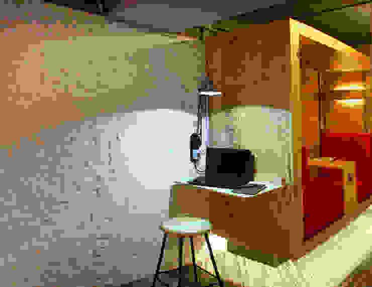 Bonampak Estudios y despachos modernos de DIN Interiorismo Moderno