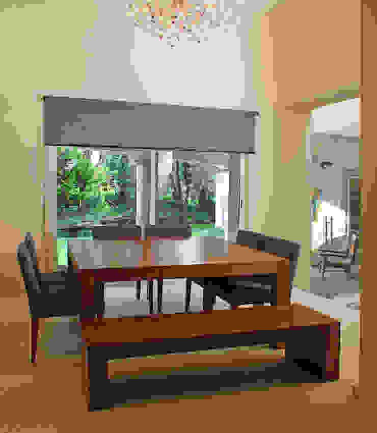 Casa Uliva Comedores modernos de DIN Interiorismo Moderno