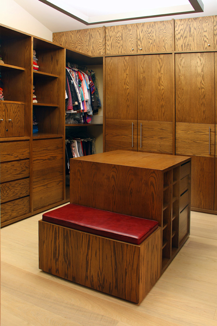 Casa Uliva Dormitorios modernos de DIN Interiorismo Moderno