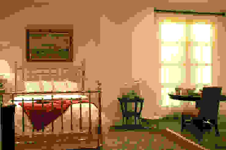 Casa Palacio Dormitorios modernos de DIN Interiorismo Moderno
