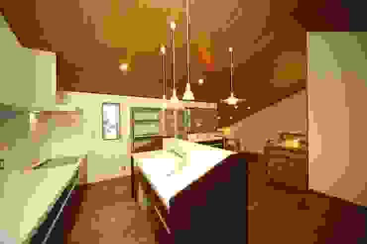 아시아스타일 주방 by AMI ENVIRONMENT DESIGN/アミ環境デザイン 한옥
