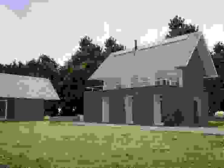 Casa – Taller RRA Arquitectura Casas de estilo minimalista Madera Marrón