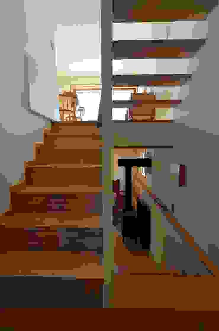 あつみづのいえ インダストリアルな 玄関&廊下&階段 の 清建築設計室/SEI ARCHITECT インダストリアル