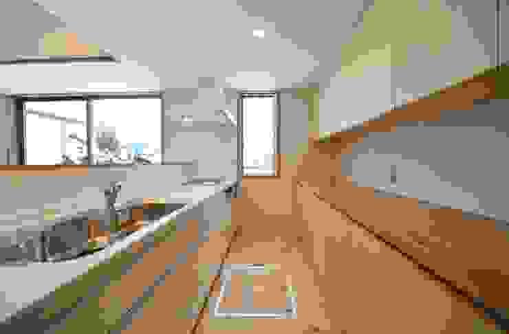 米沢・徳町の家 モダンな キッチン の 清建築設計室/SEI ARCHITECT モダン