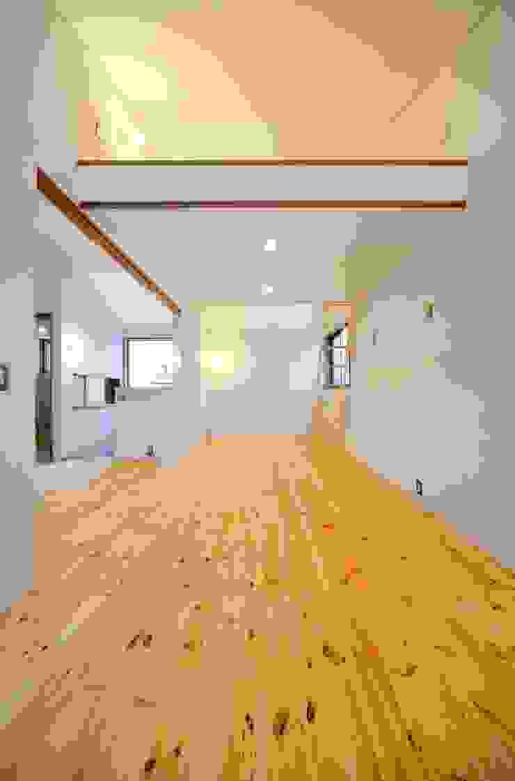米沢・徳町の家 モダンデザインの 子供部屋 の 清建築設計室/SEI ARCHITECT モダン