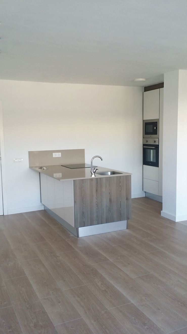 Dapur Modern Oleh Tatiana Doria, Diseño de interiores Modern