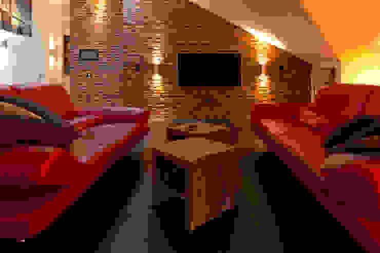 casaio | smart buildings Salones de estilo moderno