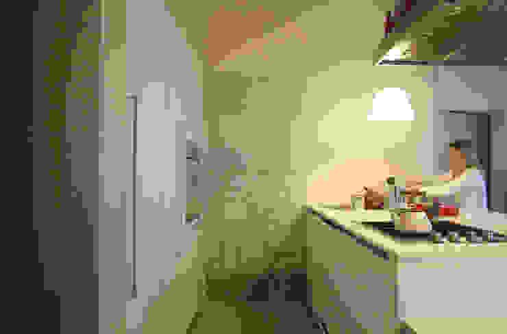 Minimalistische keukens van STUDIO DI ARCHITETTURA RAFFIN Minimalistisch