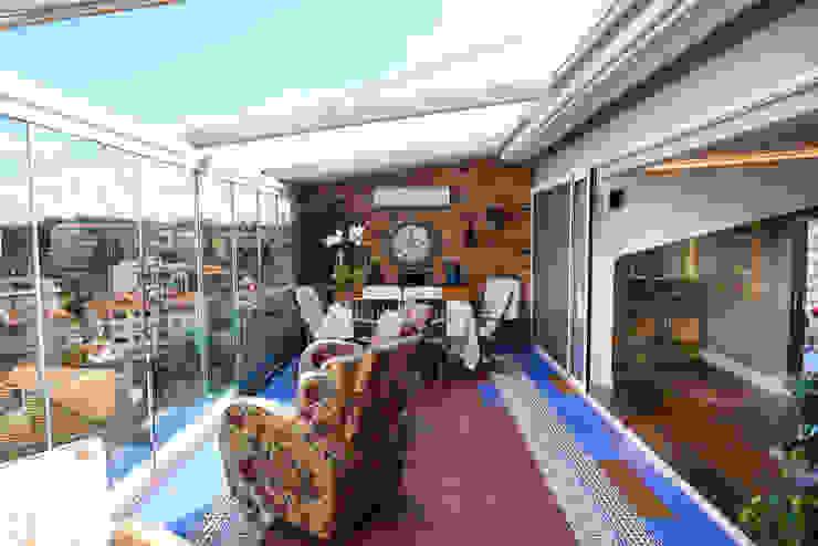 Modern balcony, veranda & terrace by İndeko İç Mimari ve Tasarım Modern