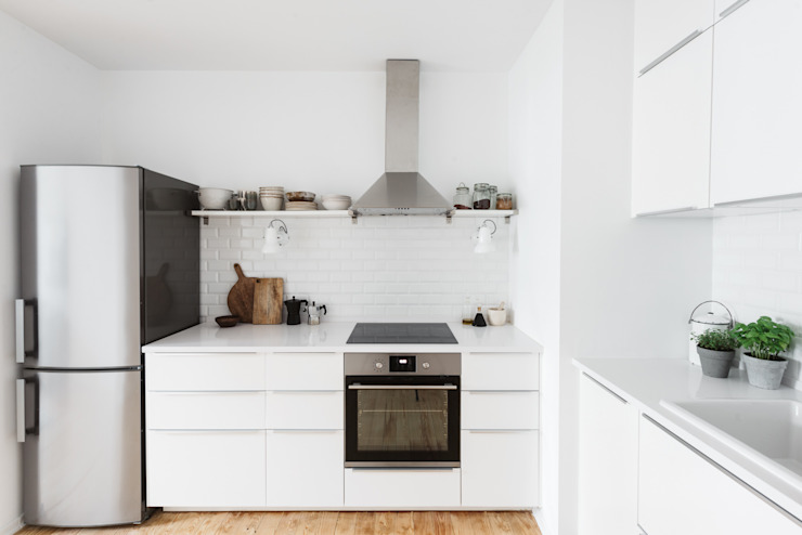 Cocinas de estilo moderno de Architect Your Home Moderno