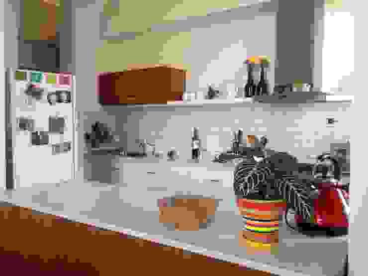 TEODORO GARCIA Cocinas modernas: Ideas, imágenes y decoración de taller125 Moderno