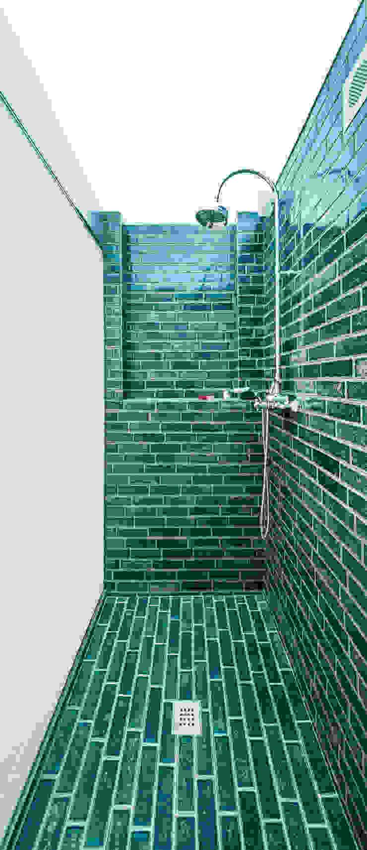 SAU-MIGDIA-HOUSE Baños de estilo moderno de Andres Flajszer Photography Moderno