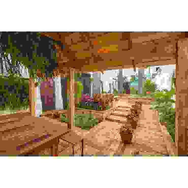 Boulevard Imperial Jardins campestres por Diogo Alvarez Arquitetura e projetos 3D Campestre Madeira Efeito de madeira