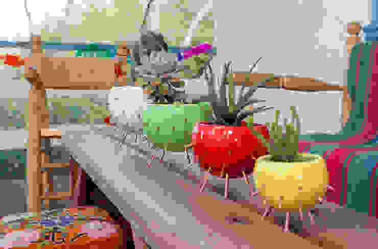 macetas Cactus:  de estilo  por Cuantatienda,Moderno
