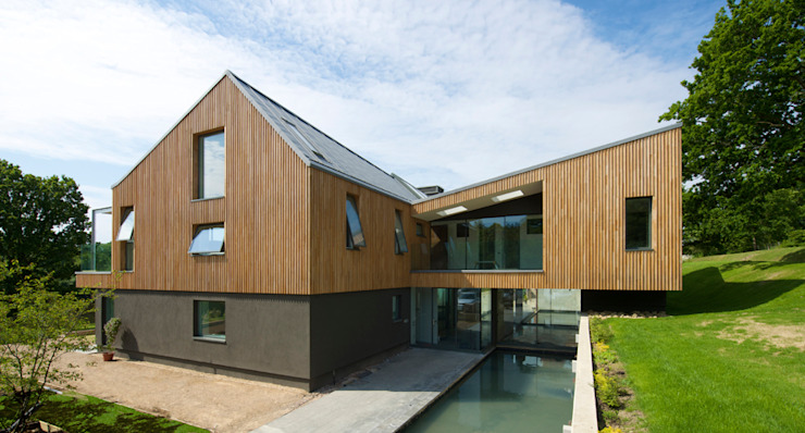 Little England Farm - House Case moderne di BBM Sustainable Design Limited Moderno