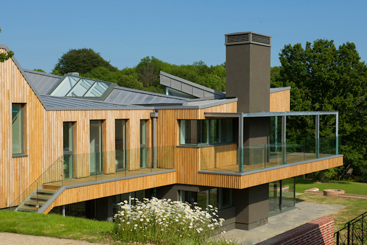 Little England Farm - House Balcon, Veranda & Terrasse modernes par BBM Sustainable Design Limited Moderne